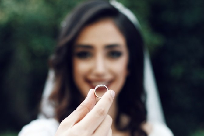 Why Are So Many Women Choosing To Marry Themselves?